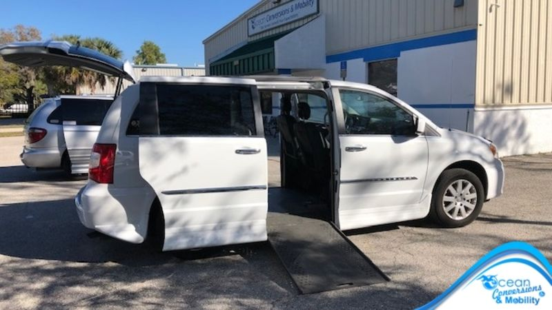 Used 2015 Chrysler Town and Country.  ConversionRollx Vans Rollx In Floor Chrysler