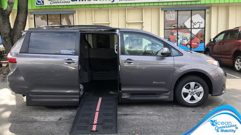 2019 Toyota Sienna BraunAbility Toyota Rampvan XL wheelchair van for sale