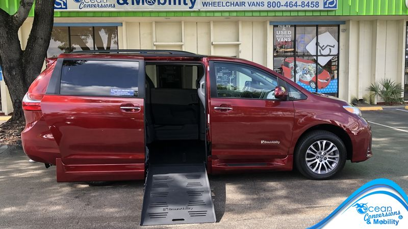 2020 Toyota Sienna BraunAbility Toyota Rampvan XL wheelchair van for sale