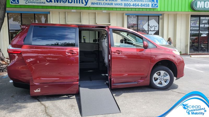 2020 Toyota Sienna VMI Toyota NorthstarAccess360 wheelchair van for sale